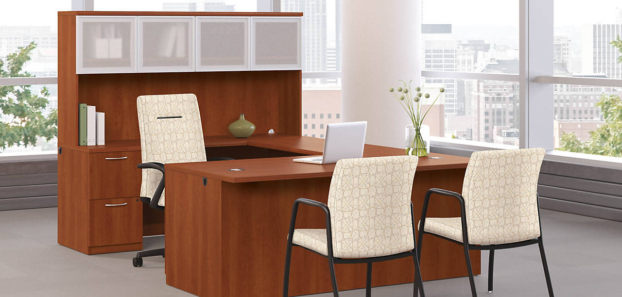 Park Avenue Desk with Executive and Conference Chairs