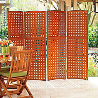 Natural Outdoor Privacy Screen