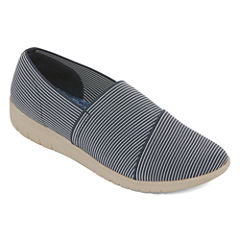 Yuu Bevel Womens Slip-On Shoes