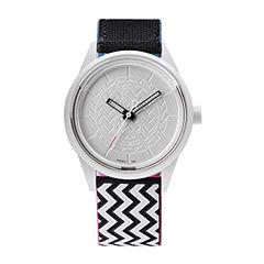 Q&Q SmileSolar White/Black Zigzag Strap Watch