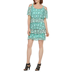 Robbie Bee Short Sleeve Shift Dress