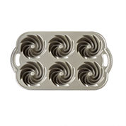 Nordic Ware® Heritage Mini Bundt Cakes Pan