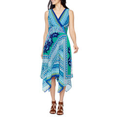 Rabbit Design Sleeveless Maxi Dress