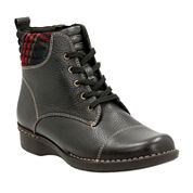Clarks® Whistle Bea Lace-Up Ankle Boots