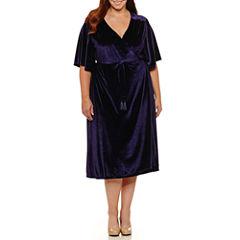 Boutique + Short Sleeve Wrap Dress-Plus