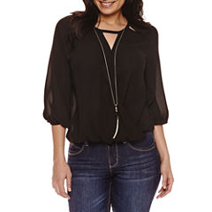 Bold Elements 3/4 Sleeve Necklace Top