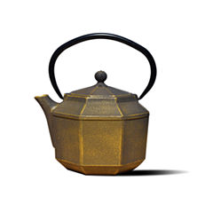 Old Dutch 30 Oz Black and Gold Cast Iron Pagoda Teapot