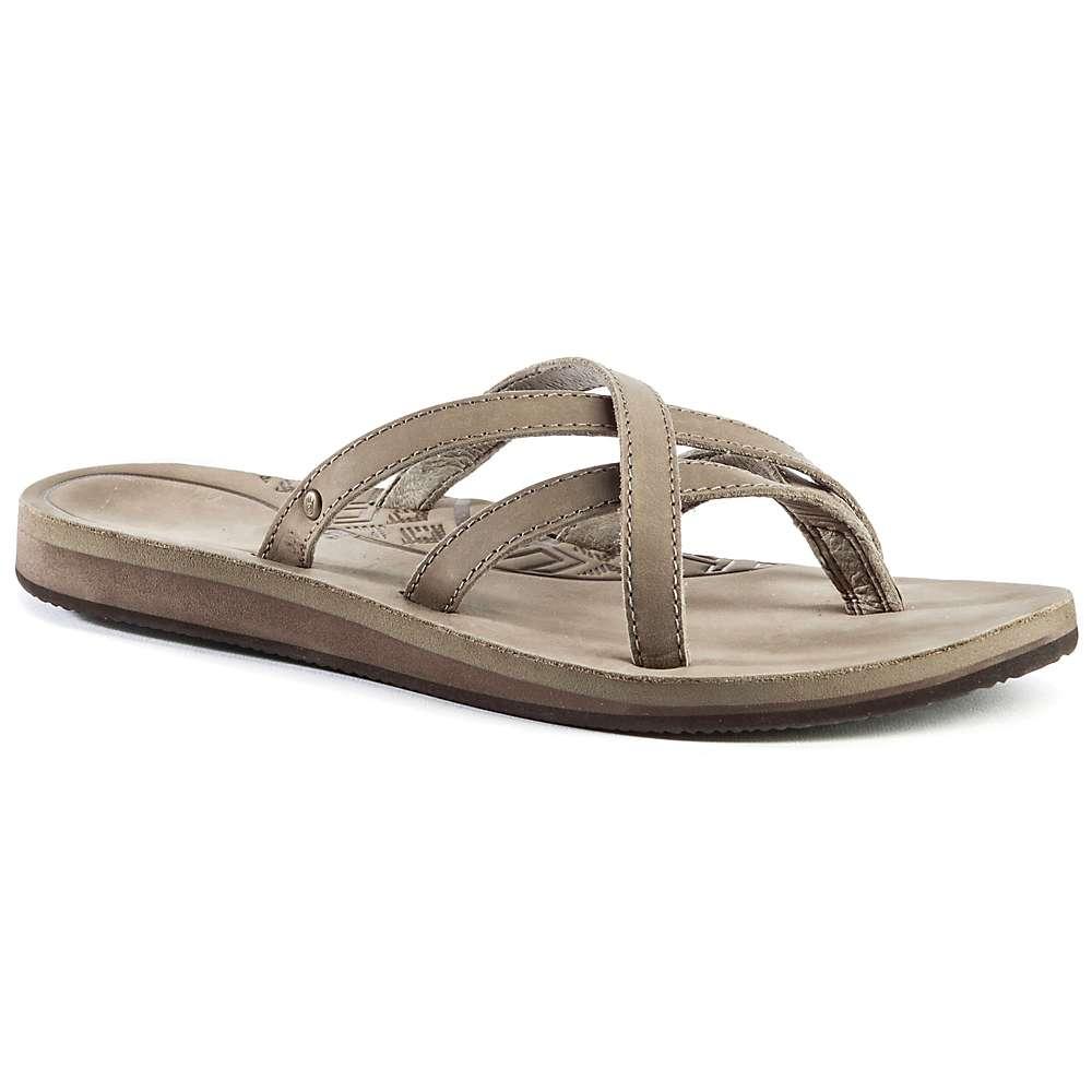 Teva Women S Olowahu Leather Sandal Moosejaw