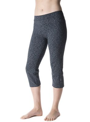 Tasc Women's WOW Fitted Capri