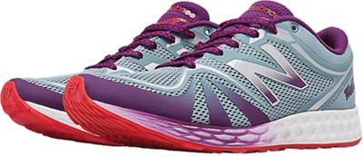 New Balance Women's 822v2 Shoe