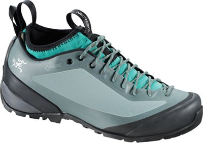Arcteryx Women's Acrux2 FL Approach Shoe