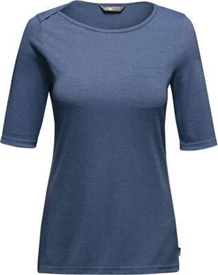 The North Face Women's L/S FlashDry Pocket Tee