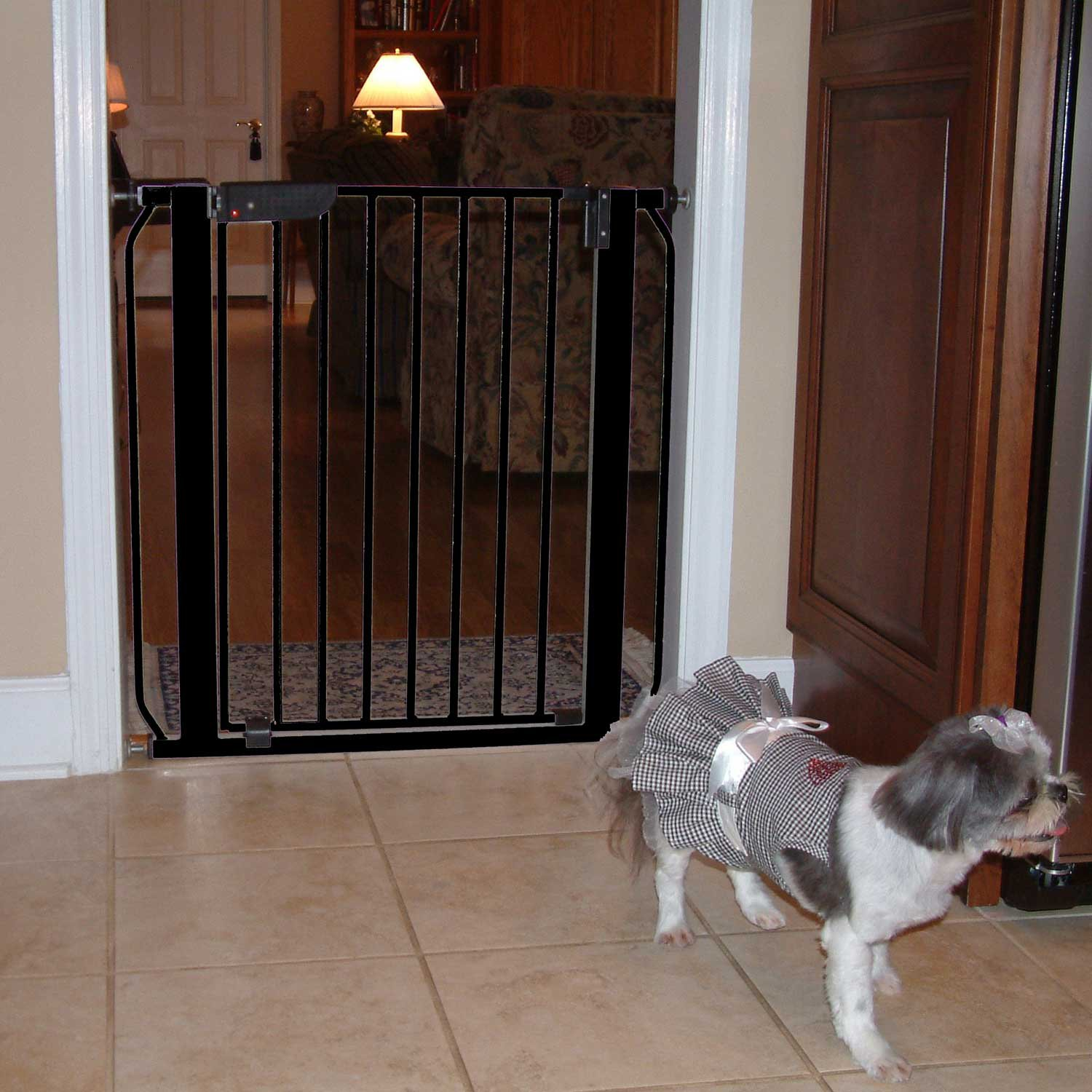 Cardinal Gates Black Auto-Lock Pressure Pet Gate