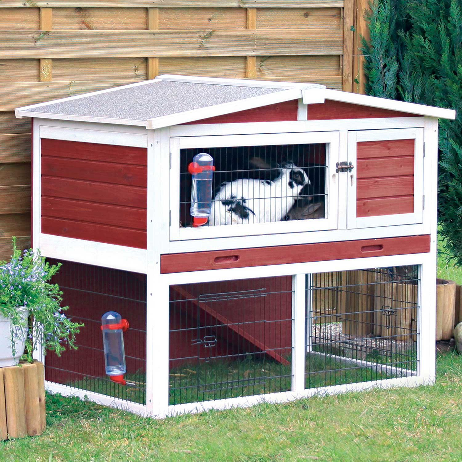 Trixie Natura Animal Hutch with Peaked Roof in Red & White