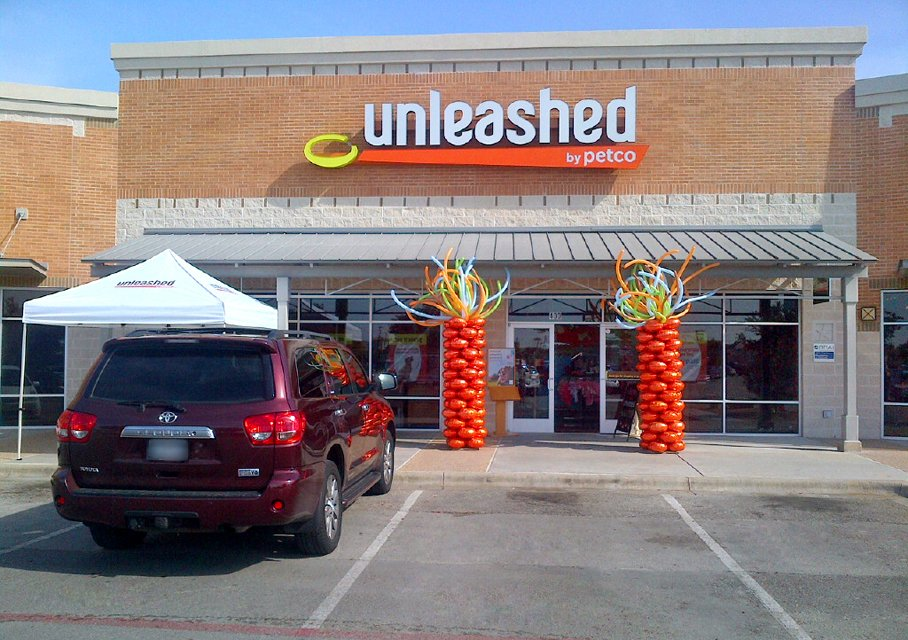 Neighborhood Pet Store Round Rock | Unleashedby Petco