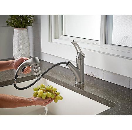 Slate Privé 1-Handle, Pull-Out Kitchen Faucet - F-534-7PVSL - 8