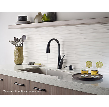 Black Zuri Pull-Down Kitchen Faucet - GT529-MPB - 4