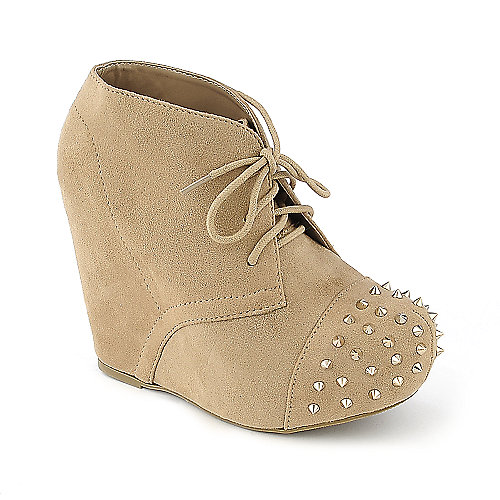 Soda Nuka-S spiked wedged platform ankle boot