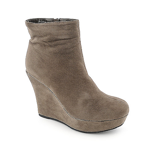 Bamboo Ceasar-01N womens taupe platform ankle wedged boot