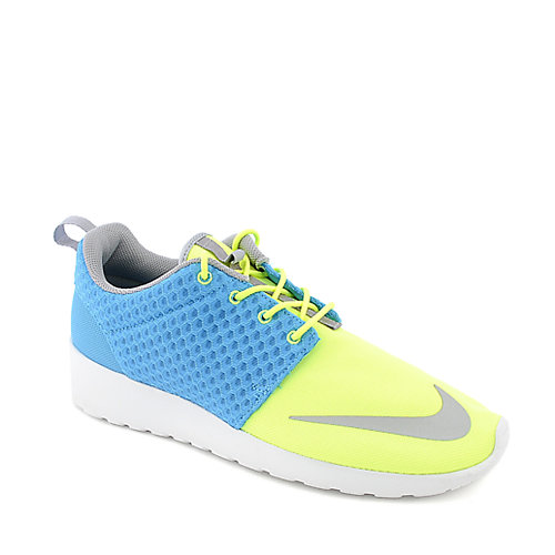 Nike Rosherun FB blue athletic running sneaker