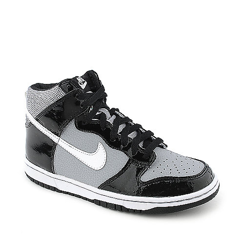 Nike Dunk High (GS) youth athletic basketball sneaker