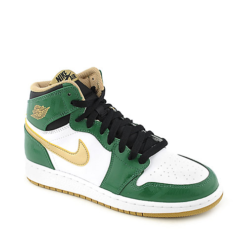 Nike Air Jordan Retro High youth athletic basketball sneaker