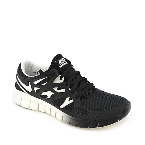 Nike Womens Nike Free Run 2 EXT black and white athletic running sneaker