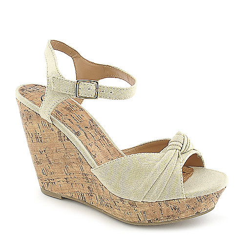 Delicious Susie-S beige casual platform wedge shoe