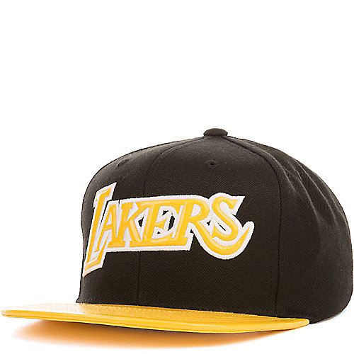 Los Angeles Lakers Snapback  3d2195e04f1