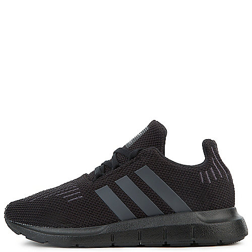 e5f56478215 CBLACK UTIBLK CBLACK BOYS ADIDAS SWIFT RUN (GS)