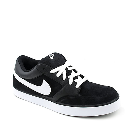 Nike Avid mens athletic skate lifestyle sneaker