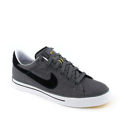 Nike Sweet Classic Canvas mens athletic basketball sneaker