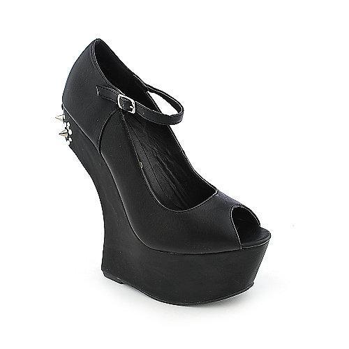 Privileged Noble womens heel-less dress shoe
