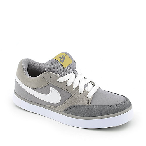 Nike Avid Jr youth skate sneaker