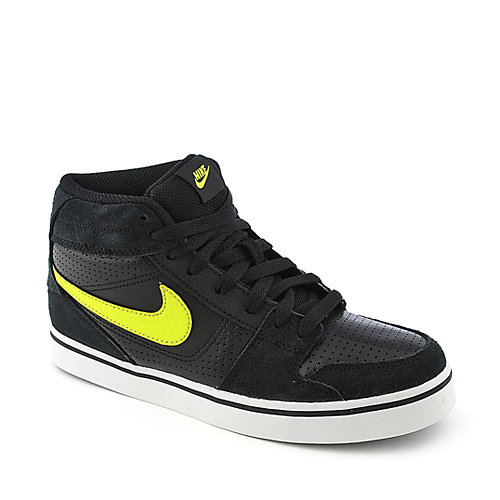 Nike Ruckus Mid JR youth skate sneaker
