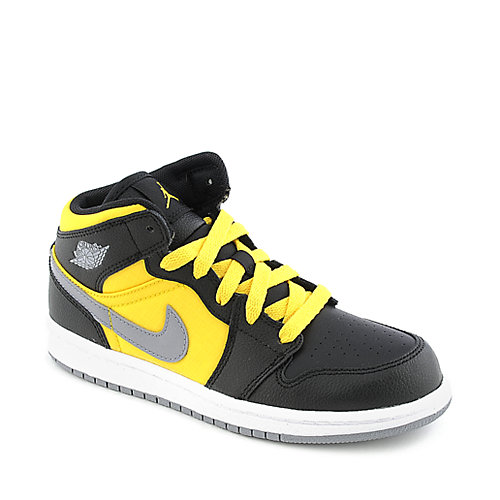 Nike Jordan 1 Phat youth athletic basketball sneaker