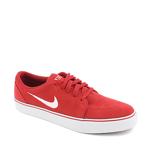 Nike Satire mens athletic lifestyle sneaker