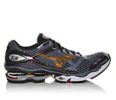 MIZUNO USA  Wave Creation 13