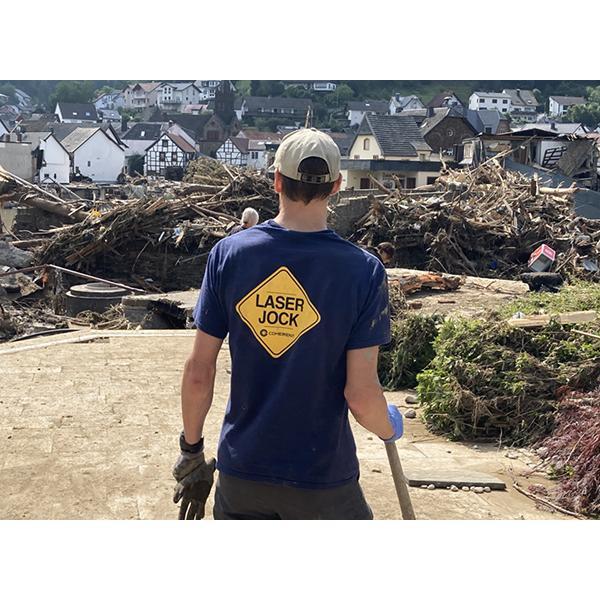 支持德国洪灾恢复工作