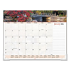 AT A GLANCE Desk Pad Calendar