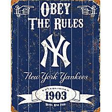 Party Animal New York Yankees Embossed