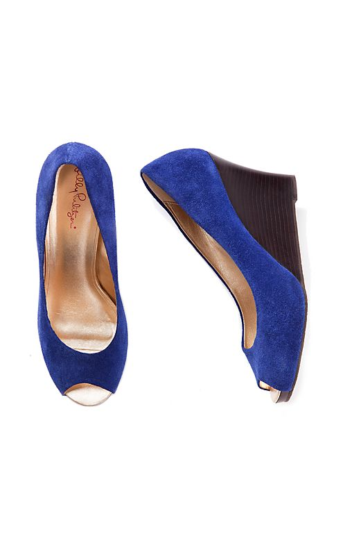 FINAL SALE - Resort Chic Wedge Suede