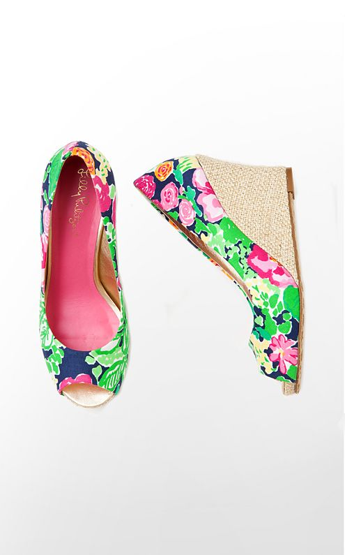 Resort Chic Wedge Printed