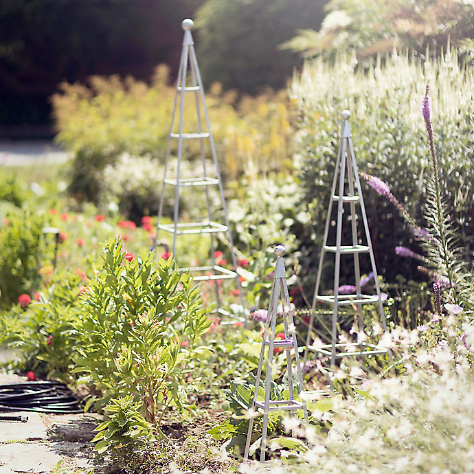 6 Things: 3 Garden Structures + 3 Plant Pairings