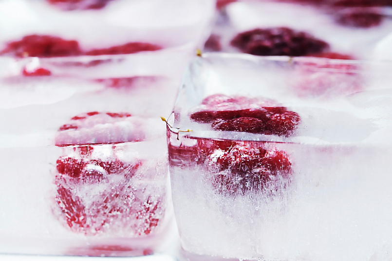 Summer Cooler: Berry Ice Cubes
