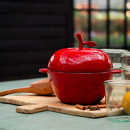 Cast Iron Apple Cocotte