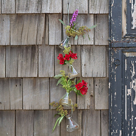 Vertical Vases Garland