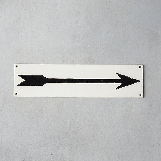 Cast Iron Arrow Sign