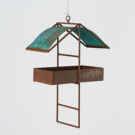 Mixed Metals Feeder, Pitched