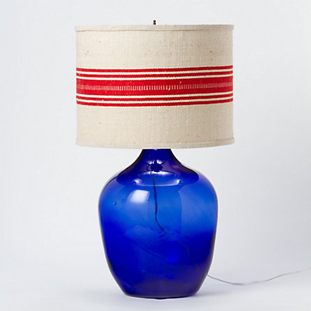 Traveled Table Lamp